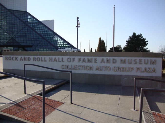 2014-04-02 08.57.45 Rock and Roll Museum, Cleveland
