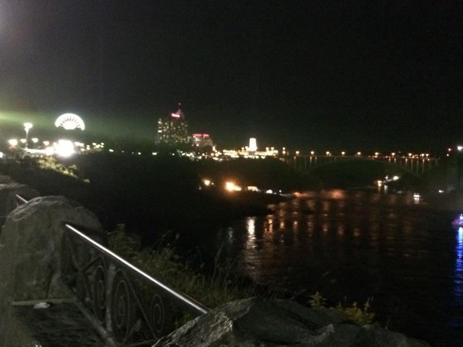 2015-09-25 20.57.28 Niagara Falls at Night